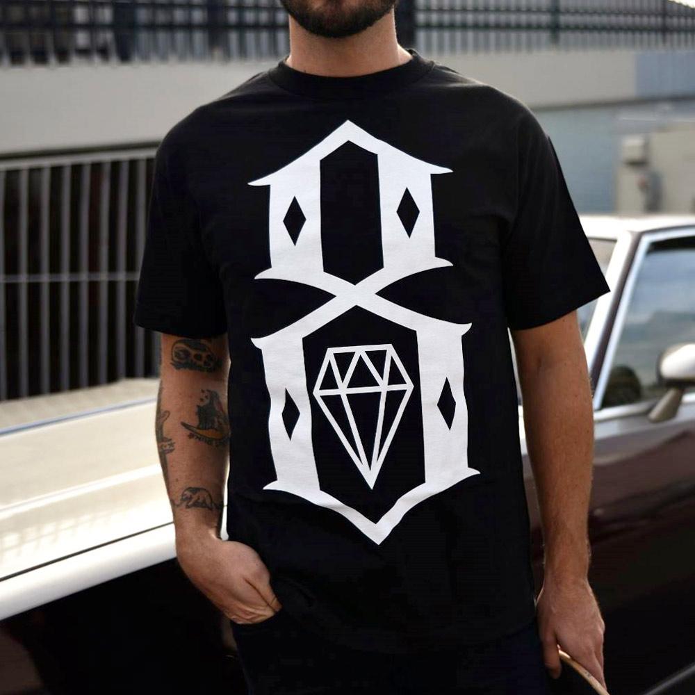 Rebel 8 standard issue logo t shirt black