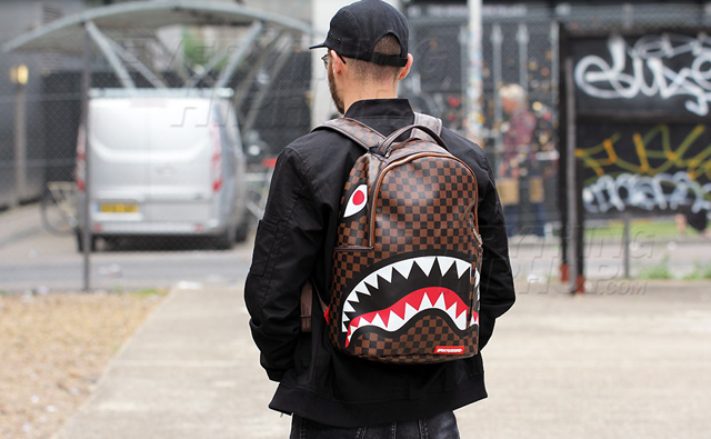 Sprayground Sharks In Paris